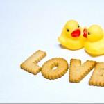 日本語表現にみる「恋」と「愛」の物性の違い