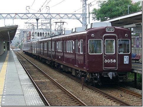 2014-05-28_640px-阪急3000系電車part2