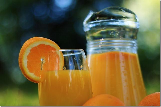 20151213_orange-juice-410325_640