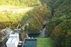 640px-Okutama_lake(Ogouchi_dam)_(3046400768)